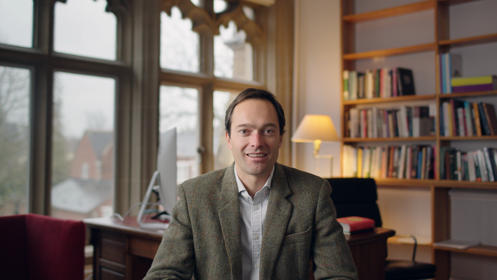 Image of Dr. Jan-Emmanuel De Neve, Associate Professor of Economics at the University of Oxford and Director of the Wellbeing Research Centre.